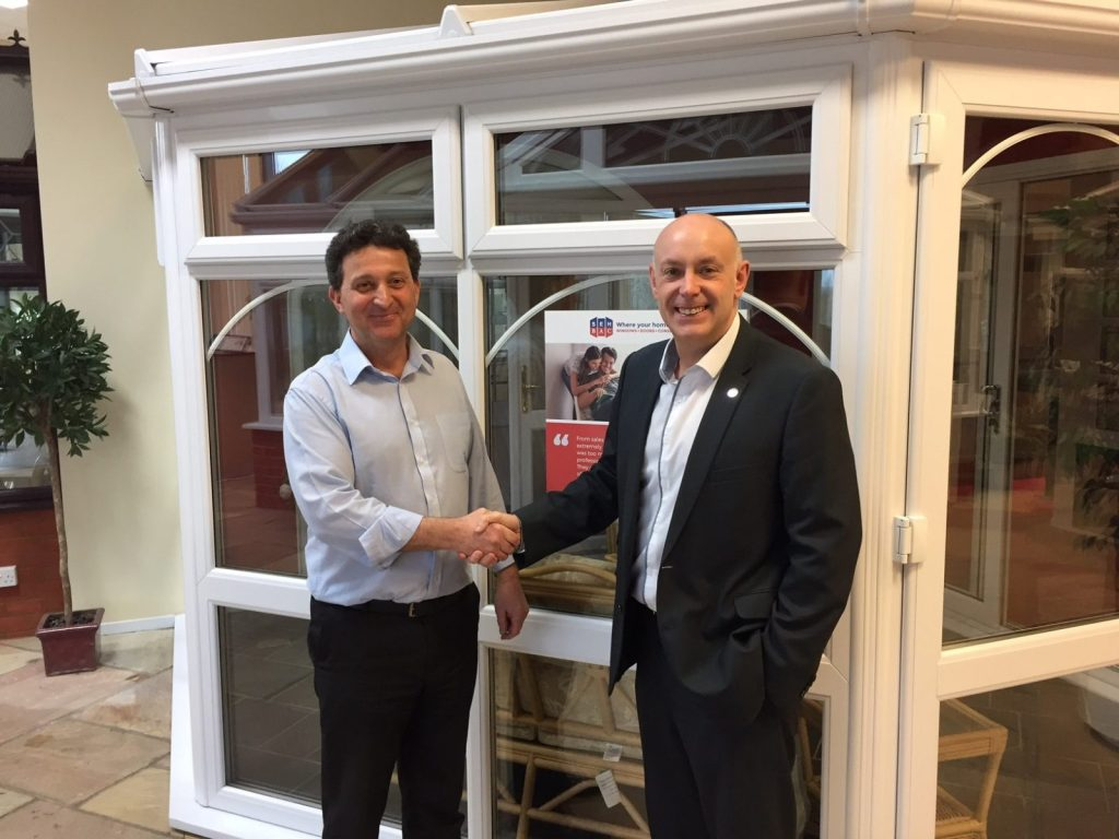 John Savage, MD of SEH BAC (left) and Andrew Scott, MD of Purplex Marketing